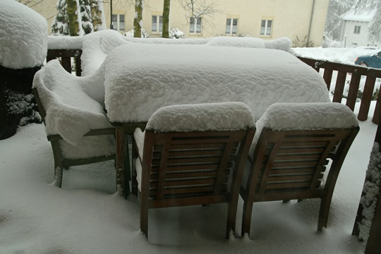 teakholzmöbel - lasst ihr sie über den winter draussen??? - seite, Moderne